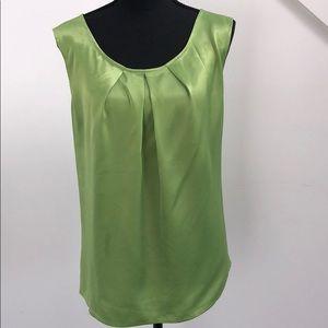 Tops - Green satin sleeveless blouse